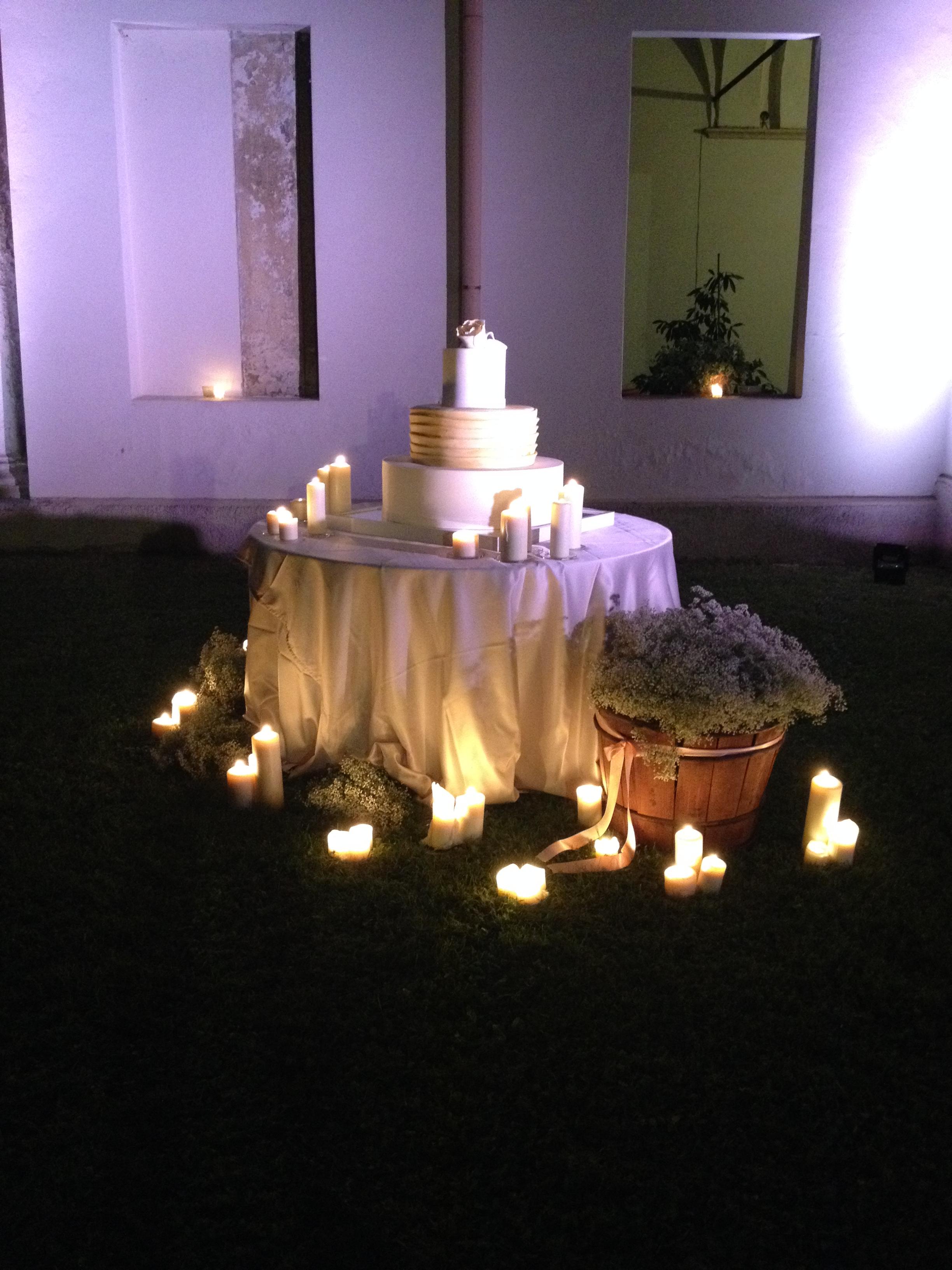 La wedding cake o torta nuziale for Tavolo 18 anni ragazzo